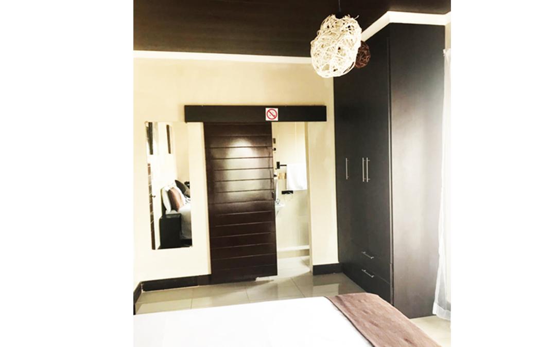 Bachelor room 1